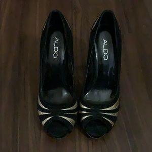 Black size 7 peep toe heels